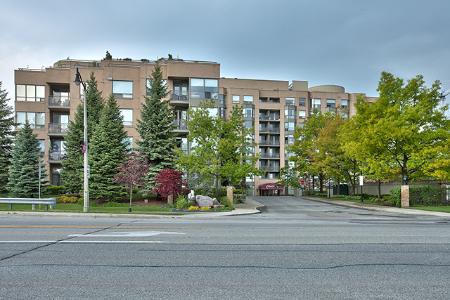 309-2511 Lakeshore Road West, Oakville - Two Bedroom Condo For Sale in Bronte Village at Bronte Harbour Club