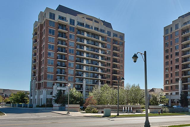402 2391 Central Park Drive Oakville Condo For