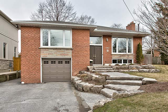 481 Willis Drive, Oakville