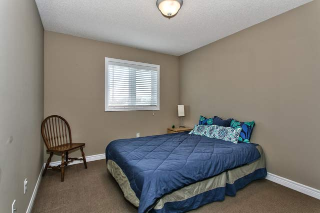 common burlington well maintained three bedroom townhome for sale