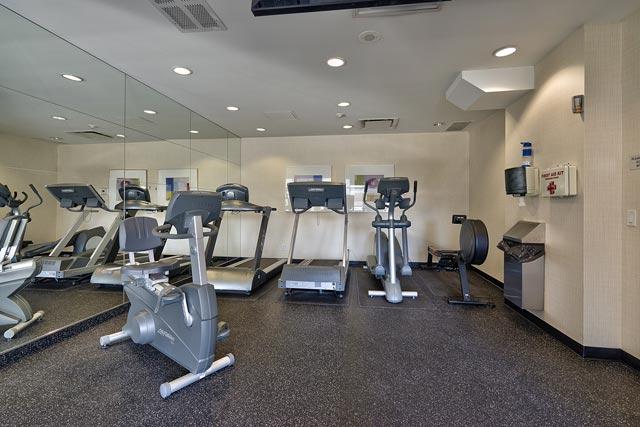 908 2325 Central Park Drive Oakville One Bedroom Condo