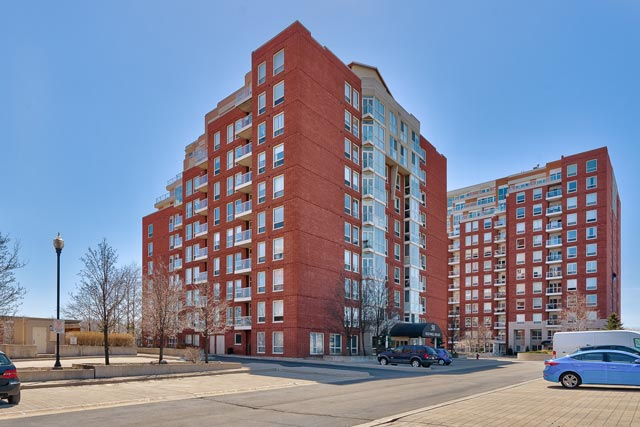 PH1-50 Old Mill Road, Oakville - Two Bedroom Plus Den Condo For Sale at Oakridge Heights